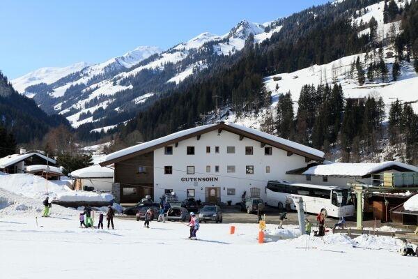 Aschau bij Kirchberg Grevink wintersportreizen voor Scholen Bedrijven en Verenigingen